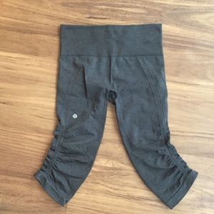 Lululemon In The Flow Crop Legging